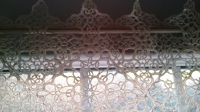 Tatted macrame curtain