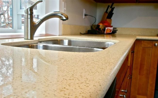 quartz countertop -large