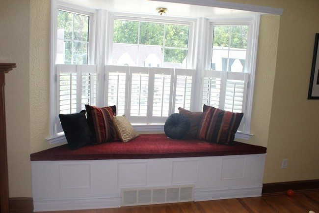 white nook with red seater and cushin stripe set