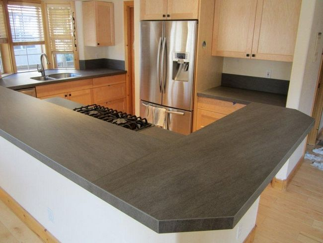 Porcelain slab countertops light and durable decor for Kitchen ideas with porcelain countertops