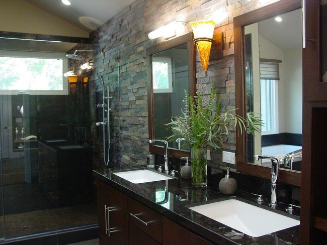 wooden effect bathroom. with 2 big mirorrs in the wooden square