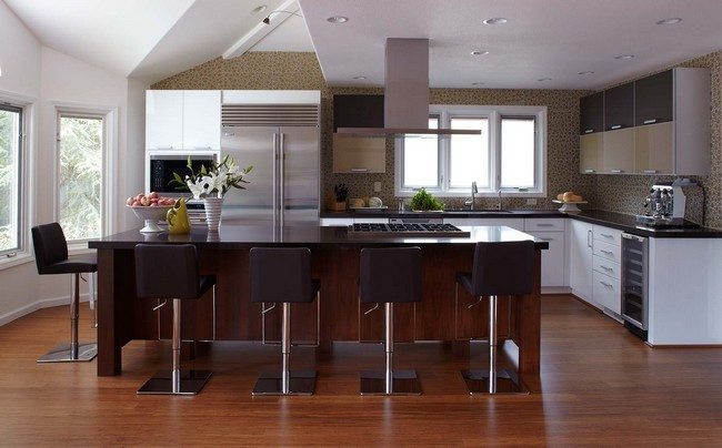 kitchen-furniture-rectangular-brown-wooden-kitchen-island-and-l-shaped-white-kitchen-cabinete-plus-brown-harwood-floor-with-modern-kitchen-appliances-plus-kitchen-remodel-pictures-inspiring-modern-ki