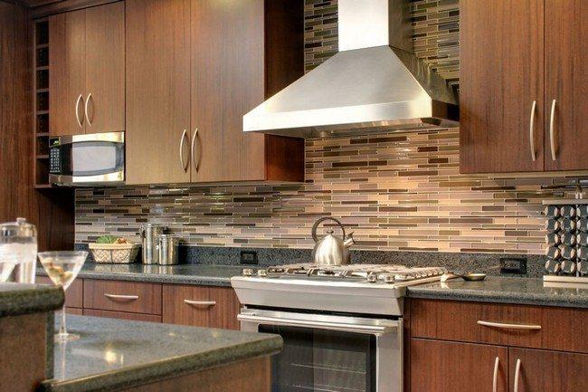 Tips On Decorating Your Kitchen Using Brick Backsplash