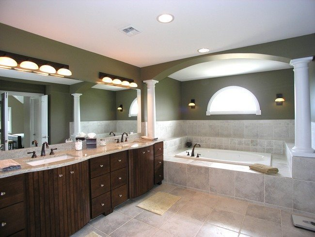 Bathroom full of lights design