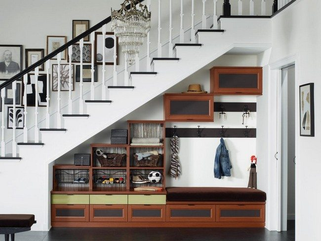 Small Home Interior Design Ideas: A Space Under Stair Shelves