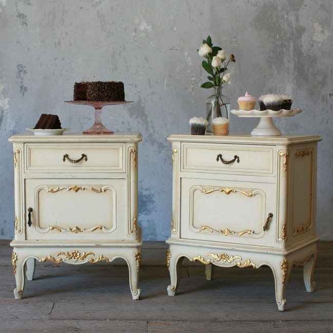 Vintage Nightstands Ideas : furniture-antique-and-vintage-french-style-pair-of-nightstand-table ...
