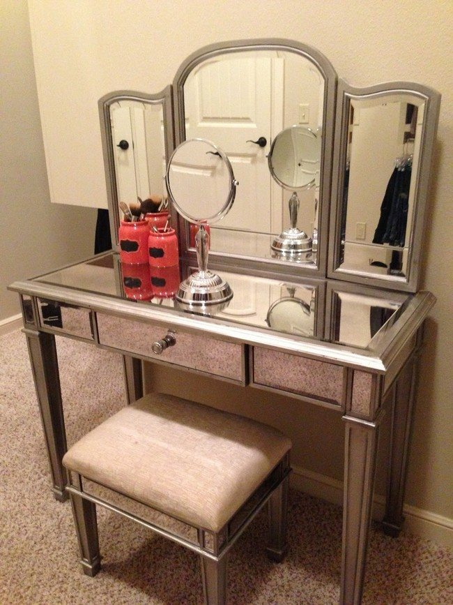 Mirrored makeup storage is a stylish way to unclutter the for Bedroom vanity with drawers