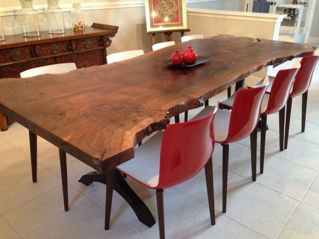 Customized freeform table