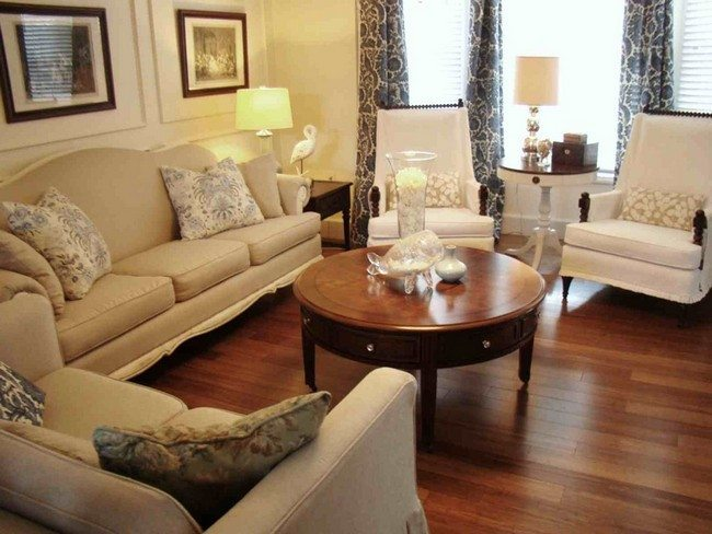 Achieving the perfect retro living room decor around the for Vintage chic living room ideas