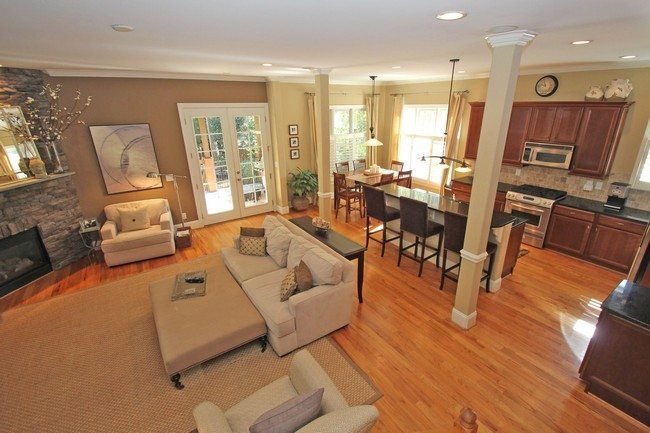 Cozy rug in living room section