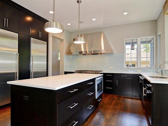 Ways to achieve the perfect black and white kitchen for Perfect kitchens quincy