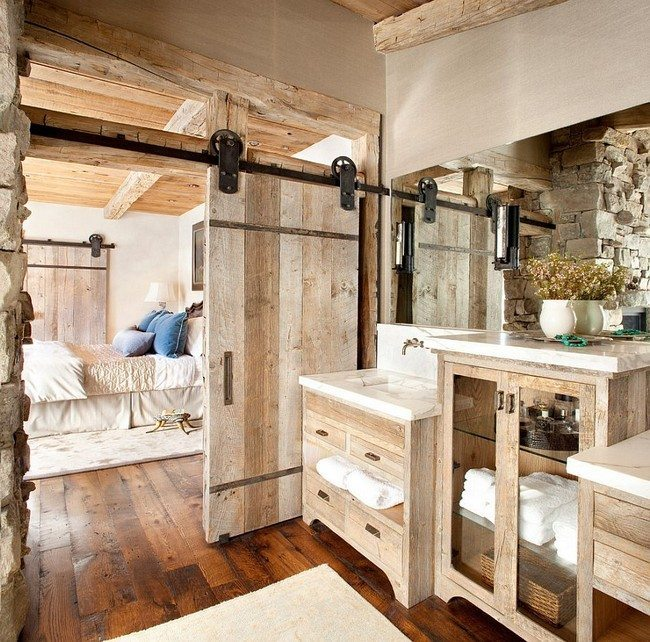 hardwood floor - Rustic Bathroom