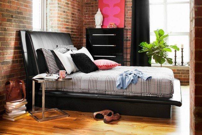 Black decorative elements