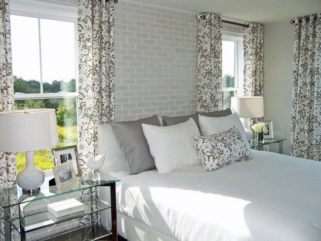 Room with a lot of patterned details