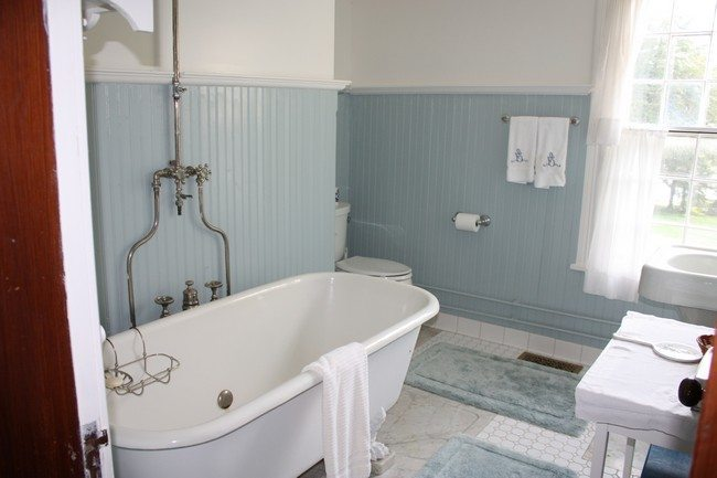 small blue bathroom ideas vintage inspired bathroom decor around the world 21858