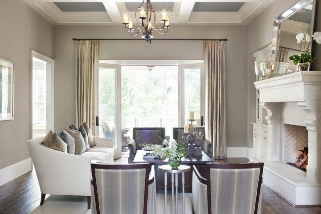 Dining area close to bay window