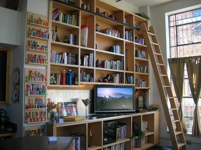 Bookshelf with in-built TV stand