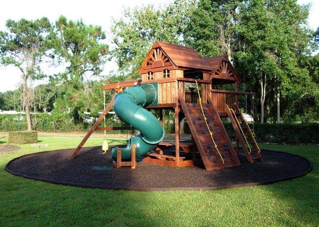 Circular playground area