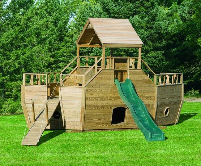 Wooden playing structure