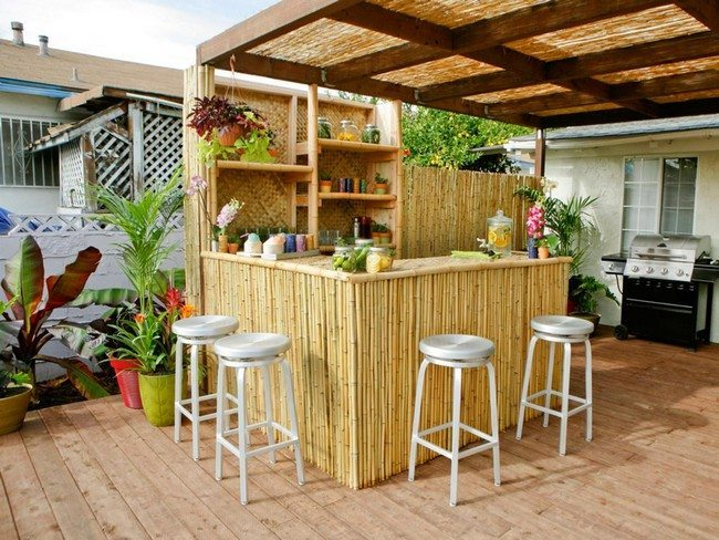 Outdoor bar area