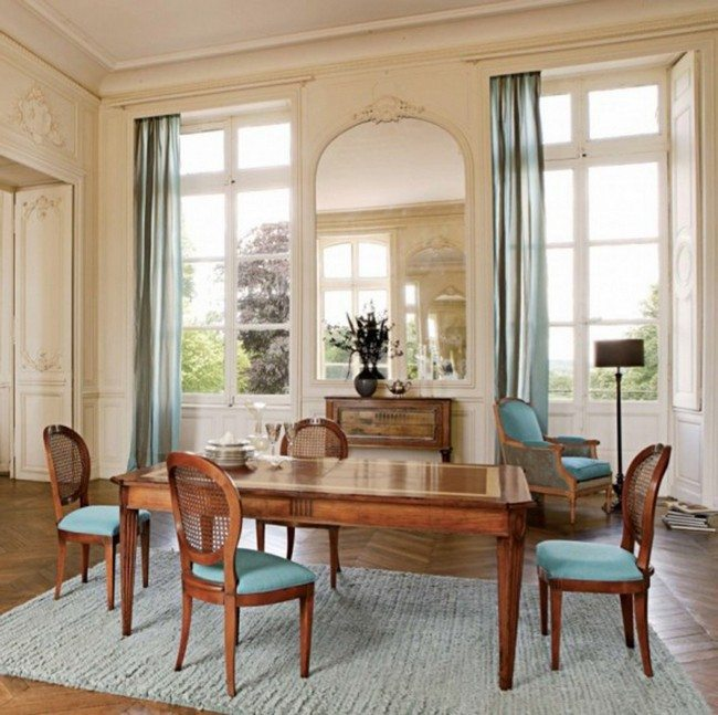 Blue Rug And Chairs Drapes