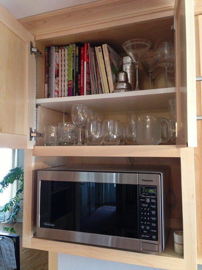 Countertop Cookbook Shelf- A Simple yet Elegant Way to ...