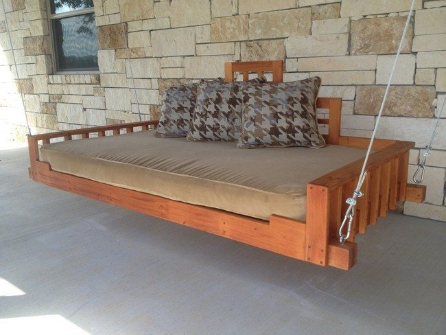 Simple hanging bed
