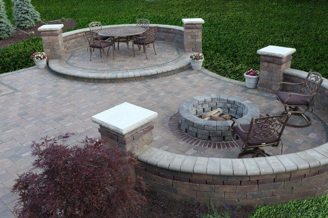 Inspiration for Backyard Fire Pit Designs - Decor Around ...