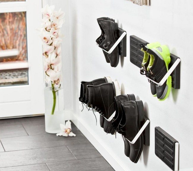 Shoe holder on wall