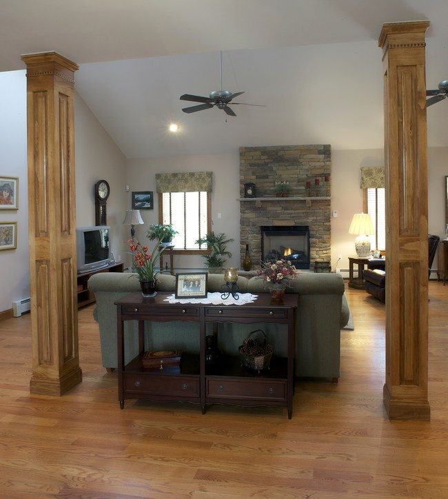 How to Use Living Room Columns to Create Rich Details - Decor ...