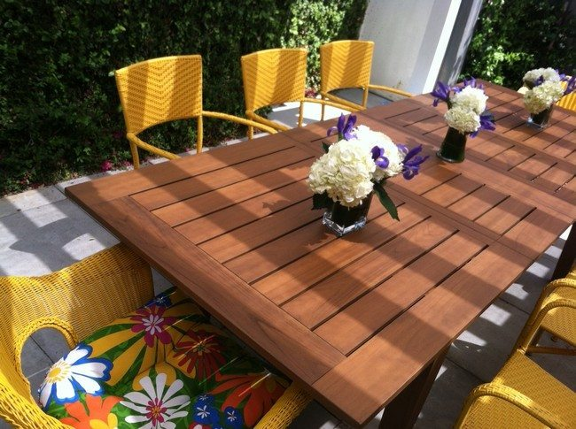 Homemade-Patio-Furniture-Table-Dining