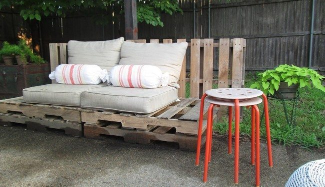 ... Pallet Patio Furniture. Fence Made Out Of Wood