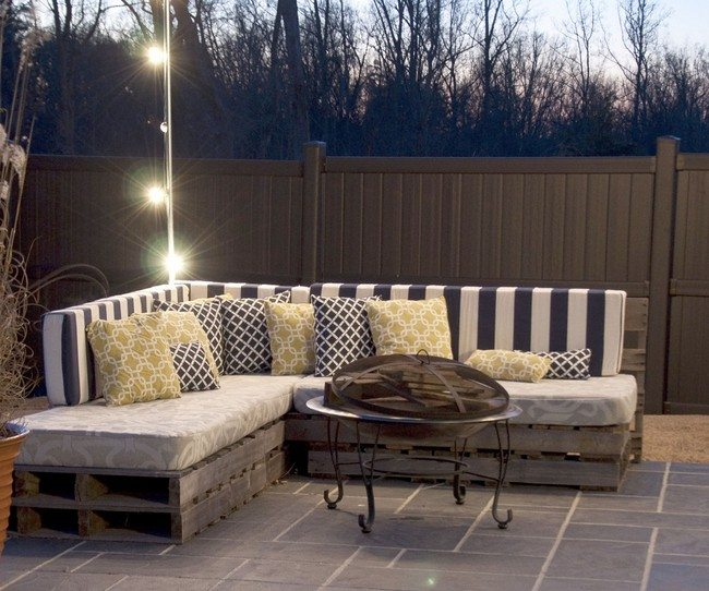DIY: Making Your Own Pallet Patio Furniture