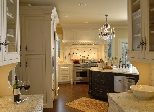... French Country Kitchen. Shiny Overhead Chandelier