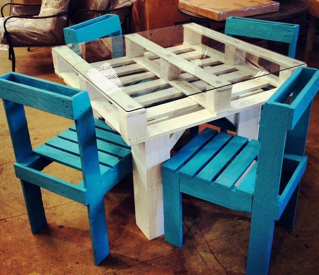 diy-pallet-furniture table