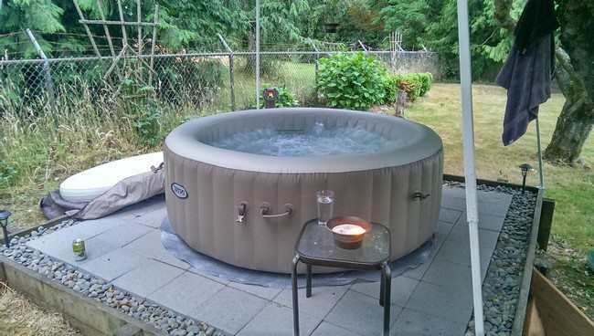 round jacuzzi  made of stones