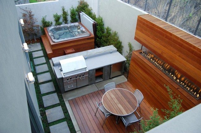 Exceptional Small Jacuzzi In The Corner