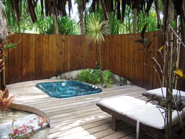 Change the Way you Relax with the Help of an Outdoor Jacuzzi ...