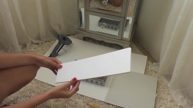 White, fitting foam board