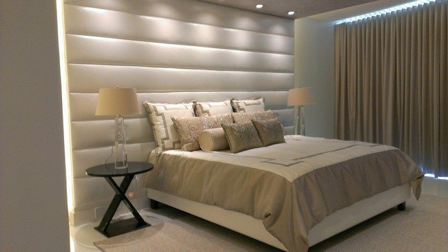 Cream tufted panel with horizontal lines