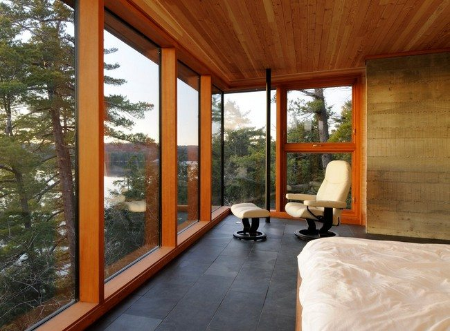 Spacious bedroom with beautiful view of the environment