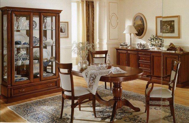 Classic circular wooden table