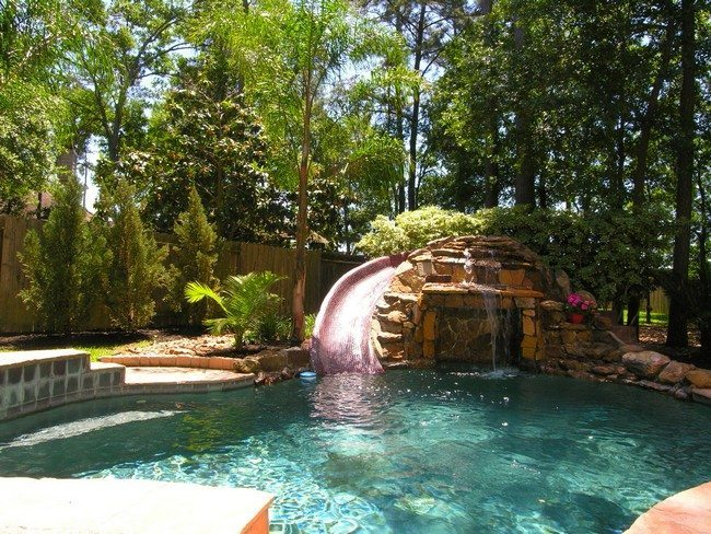 Swimming pool set in peaceful zone of the yard