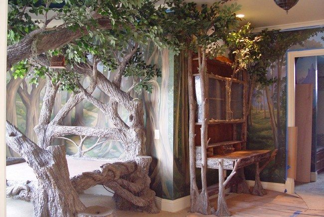 Bed and dressing table made from trees