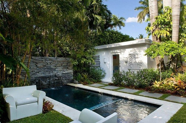 Make sure the style of the pool matches with your home [Design: Robert Kaner Interior Design]