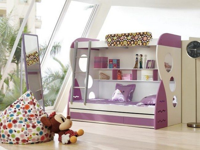 White and purple bunk bed for girls' bedroom