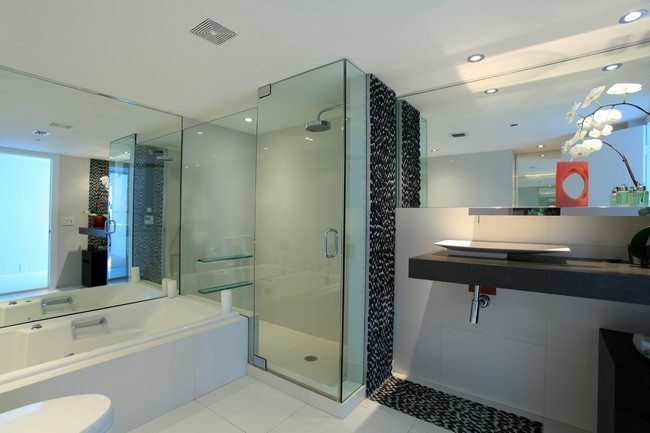 Shower with glass walls and glass door