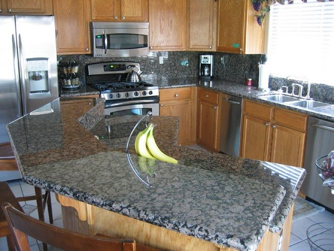 beautiful-blue-granite-kitchen-countertops