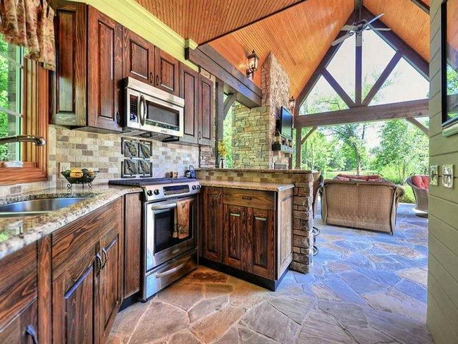 Appealing rustic kitchen design