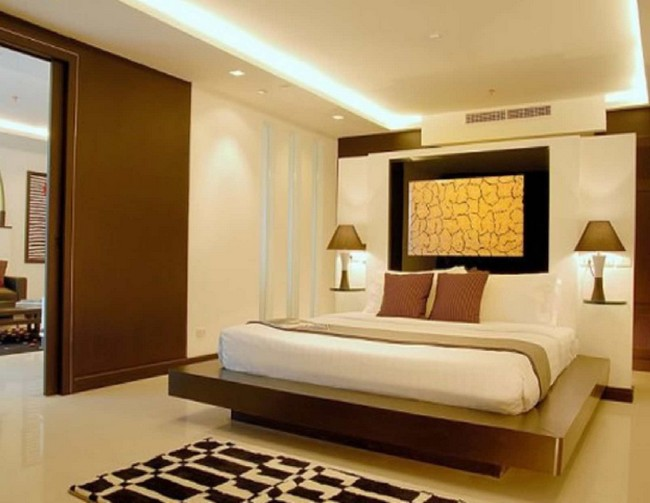 Walk-in bedroom design